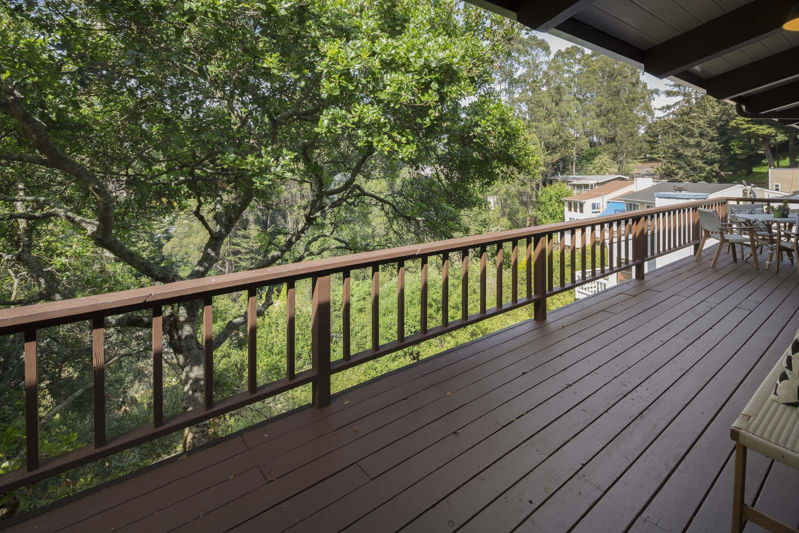 Patios & Decks: What Are the Differences?