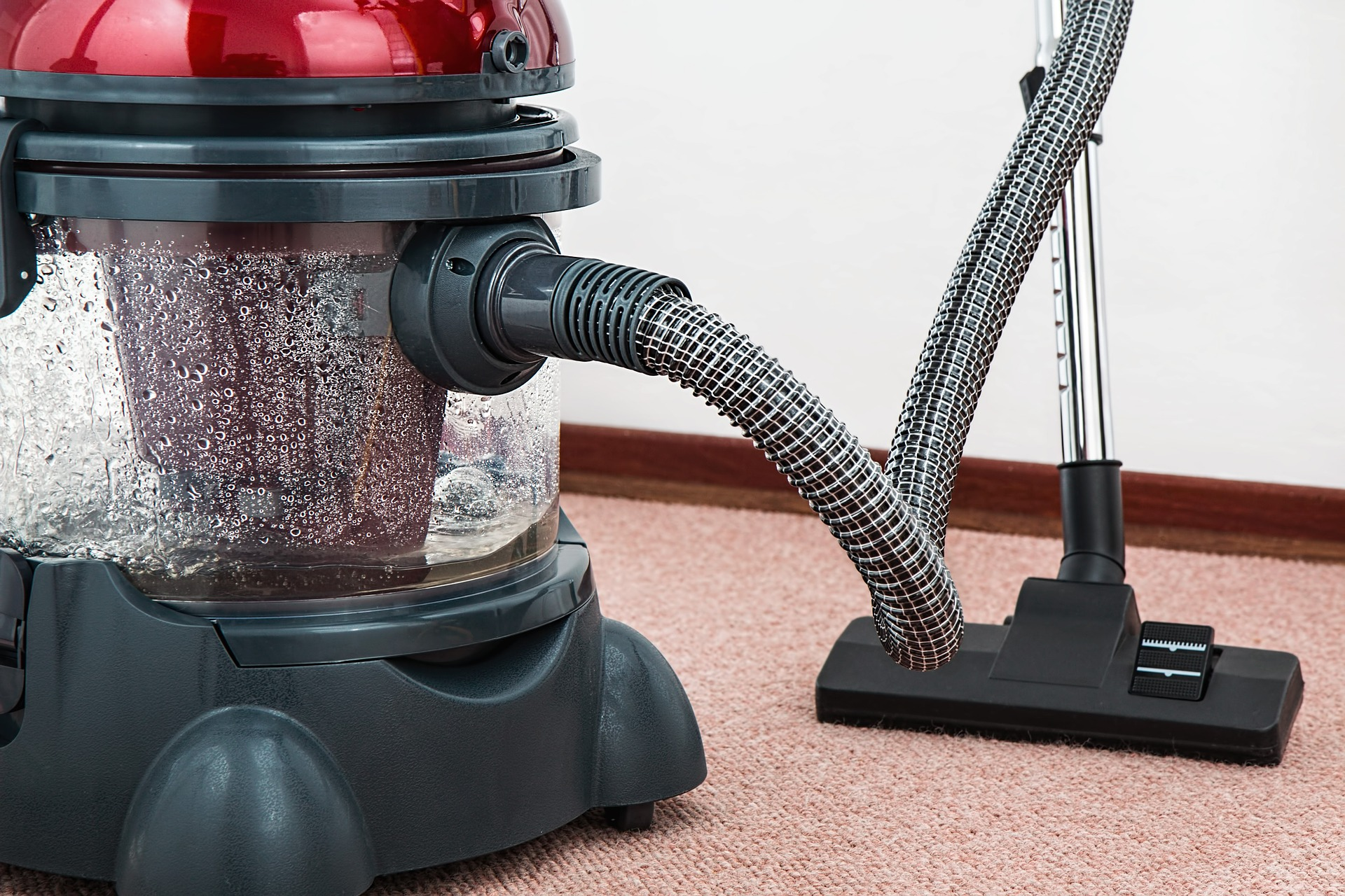 5 Questions to Ask Before Buying a Vacuum Cleaner